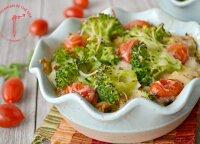 Vasariškas receptas: vištienos užkepėlė su daržovėmis ir ryžiais