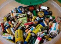 Kiek kasmet parduodame ir surenkame perdirbimui nešiojamųjų baterijų atliekų?