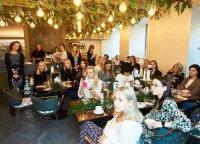 Garsios moterys rinkosi į grožio ir meno pusryčius