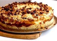 Rudeniu kvepiantis varškės pyragas: parodė geriausią būdą sunaudoti namuose esančius obuolius ir moliūgus