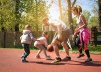 Kiek reikia judėti vaikui, o kiek – suaugusiam, kad jaustumės gerai?