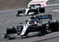 """""""Mercedes"""" dominavimas tęsiasi: Hamiltonas užtikrintai triumfavo Prancūzijoje"""