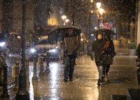 Prasidės tikrieji žiemos nemalonumai: lietus maišysis su sniegu, stiprės vėjas