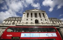 Anglijos bankas išlaikė palūkanas istorinėse žemumose