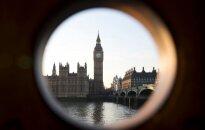 """""""Biržos laikmatis"""": Jungtinės Karalystės premjerė Th. May paskelbė apie pirmalaikius rinkimus"""