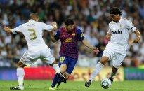 """Lionelis Messi (""""Barcelona') tarp """"Real"""" žaidėjų"""