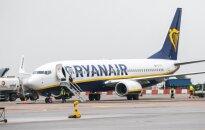 """""""Ryanair"""" praneša rekordinį pelną, bet žada mažesnę skrydžių kainą šiais metais"""