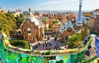 Nuo turistų pavargę Barselonos gyventojai kyla į kovą