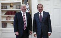Baltųjų Rūmų skandalas: įtarimų kelia neįprasta D. Trumpo komandos ir rusų pareigūnų pokalbių gausa