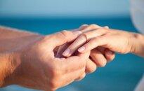 Paaiškino, kodėl vyrams geriau vesti jaunesnes, o moterims – tekėti už bendraamžių