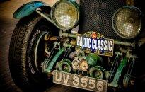 Kauną aplankė reti istoriniai automobiliai