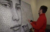 Jaunojo V. Putino portretas iš vinių ir siūlų - Kirgizijos menininko dovana