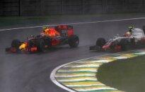 """M. Verstappenas – visų laikų """"Formulės-1"""" lenkimų rekordininkas"""