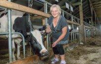 Pieno ūkis Čekiškėse