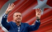 R. T. Erdoganas savo santaupas iškeitė į Turkijos liras