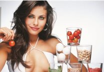 ĮSIDĖMĖK: 5 maisto produktai, kurie sukelia spuogus