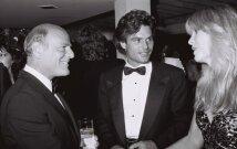 Harry Hamlinas (viduryje).1987 m. *
