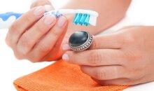 Penktadienis su stiliste Gražina: kaip namuose valyti sidabrinius papuošalus? VIDEO