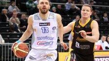 """""""Neptūno"""" pergalės prieš """"Žalgirį"""" kalvis D.Gailius tapo geriausiu LKL savaitės krepšininku"""
