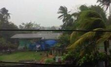 Filipinams grasina artėjantis taifūnas: evakuota 750 tūkstančių žmonių