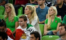 Lietuvos krepšininkus kovojant su italais palaikė ir jų mylimosios