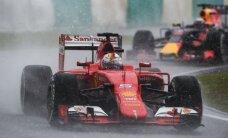 Lietingoje Malaizijos GP kvalifikacijoje S. Vettelis pakuteno nervus L. Hamiltonui