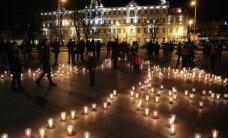Vilniaus centre Žemės valandos metu sužibo tūkstantis žvakių
