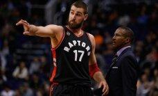 """Naudingai žaidęs J. Valančiūnas ir """"Raptors"""" apkartino """"Suns"""" stratego debiutą"""