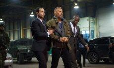 Kadras iš filmo Nusikaltėlis, Kevinas Costneris