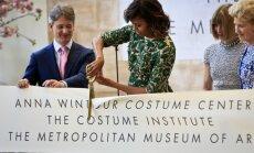 Michelle Obama atidarė A.Wintour kostiumo centrą