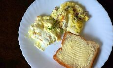 Savaitgalio gardumynas: keptas naminis varškės sūris