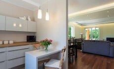 Patarimai, kaip išvengti klaidų renkantis virtuvės baldus