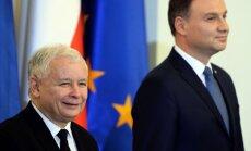 Jaroslawas Kaczynskis ir Lenkijos prezidentas Andrzejus Duda