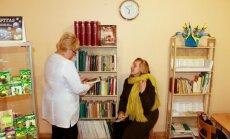 Kauno vaistinėje šalia vaistų išsirikiavo knygos