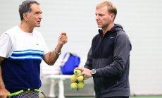 Vilniaus teniso akademijos konsultantas Nikolas Kelaidis ir treneris Paulius Jurkėnas