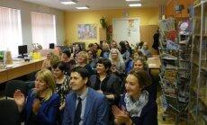 Profesinės šventės dieną Kėdainių Juozo Paukštelio progimnazijos mokytojams – malonios staigmenos