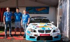 """""""Team Hot Wheels"""" meta iššūkį greičiausiems """"Eneos 1006 km"""" lenktynių automobiliams"""