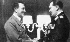 Adolfas Hitleris (kairėje) ir Hermannas Goringas
