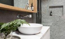 Architektės patarimai, kaip tinkamai įsirengti nedidelį vonios kambarį