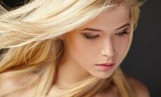 Po plovimo šviesūs plaukai įgavo geltoną atspalvį? Plaukų stilistas papasakojo, kodėl taip nutinka