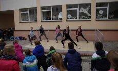 """""""Volungės"""" pagrindinėje mokykloje – netradicinio ugdymo diena sporto ir rekreacijos centre"""