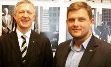 Simas Banys (dešinėje) ir Rugby Europe prezidentas Octavianas Morariu