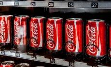 """""""Coca-Cola"""" skardinėse aptikta žmogaus išmatų, tyrimą pradėjo policija"""