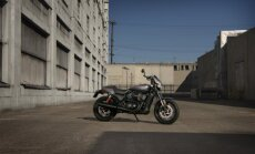 Harley-Davidson Street Rod motociklas