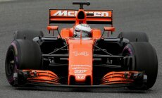 F-1 McLaren komandos automobilis