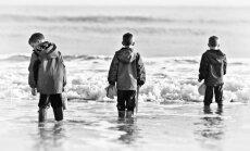 vaikas, vaikai, berniukas, broliai, jūra, botai, ruduo