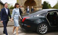 Davidas Cameronas su žmona
