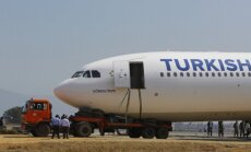 """""""Turkish Airlines"""" atleidžia per 200 darbuotojų"""