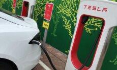 Tesla įkrovos stotelė Supercharger