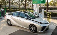 Vandenilio kuro elementais aprūpinta Toyota Mirai